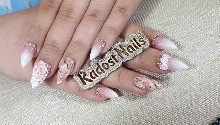 Radost Tsaneva Nails