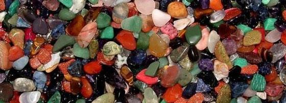 полускъпоценни камъни
